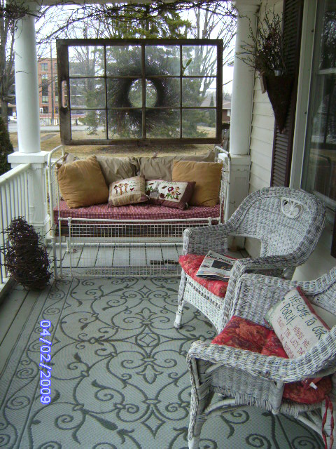 Summer decorating porches patios for Outdoor decorating with old windows