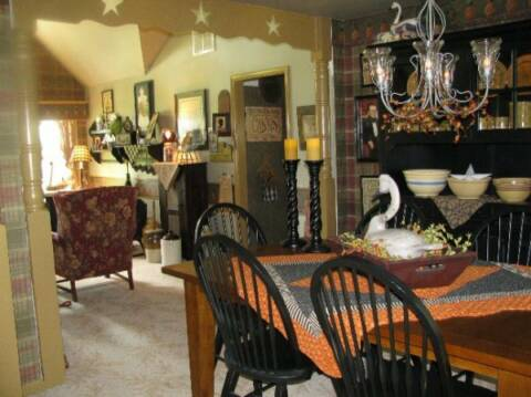 Primitive joy s photo gallery for Primitive country dining room ideas
