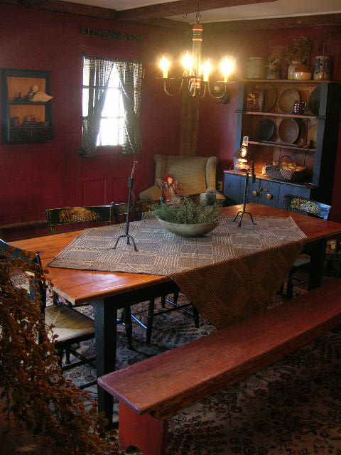 Primitive & Colonial Inspired Dining Rooms