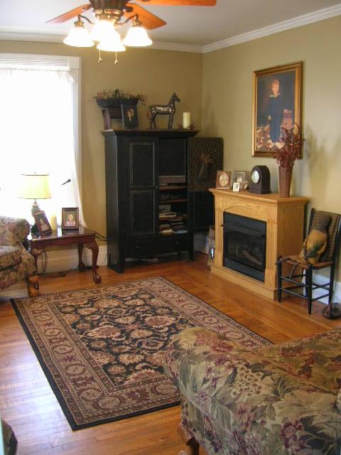 fine country living primitives. Black Bedroom Furniture Sets. Home Design Ideas
