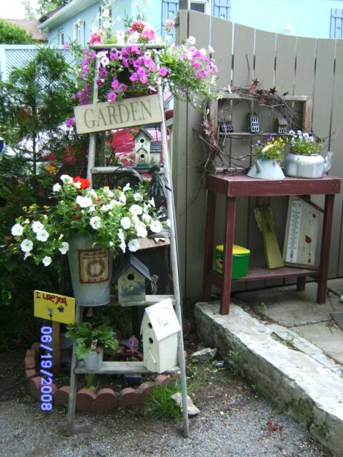 Outdoor Shed Decorating Ideas